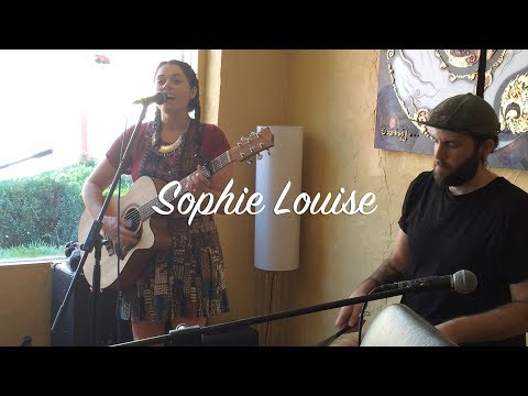 Sophie Louise performs at The Basin Music Festival 2017
