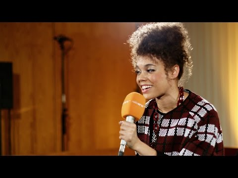 Andreya Triana unplugged in der radioeins Lounge