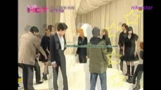 G-Dragon and Park Bom - I Think I Love You