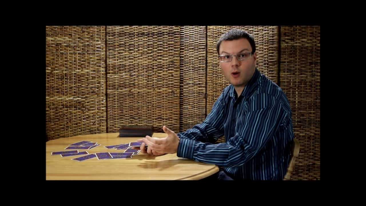 be0bd8c5971a95 Comment mélanger les cartes de tarot lors d un tirage - YouTube