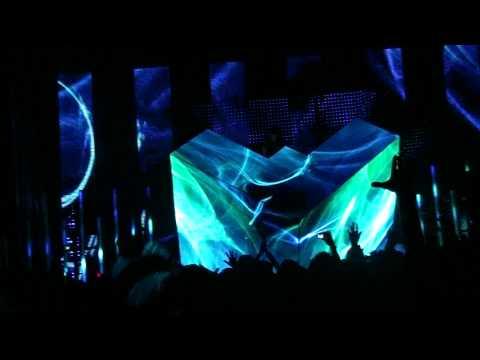 Deadmau5- I remember/FML ( 2010 live Salt lake city)
