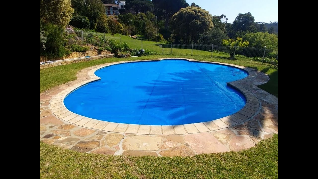 Thermal GeoBubble pool cover from PowerPlastics Pool Covers