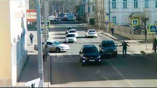 ДТП в Серпухове. Ну не заметил!... 10 марта 2017г.(ДТП в Серпухове. Ну не заметил!... 10 марта 2017г. IP-видеонаблюдение
