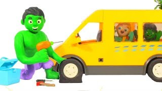 HULK FIXES THE SCHOOL BUS ❤ Spiderman, Hulk & Frozen Play Doh Cartoons For Kids
