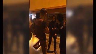 ON DÉBARQUENT EN POLICIER CAGOULÉ DANS UNE CHICHA DE QUARTIER CHAUD  ! LA VRAIE POLICE ARRIVE ..