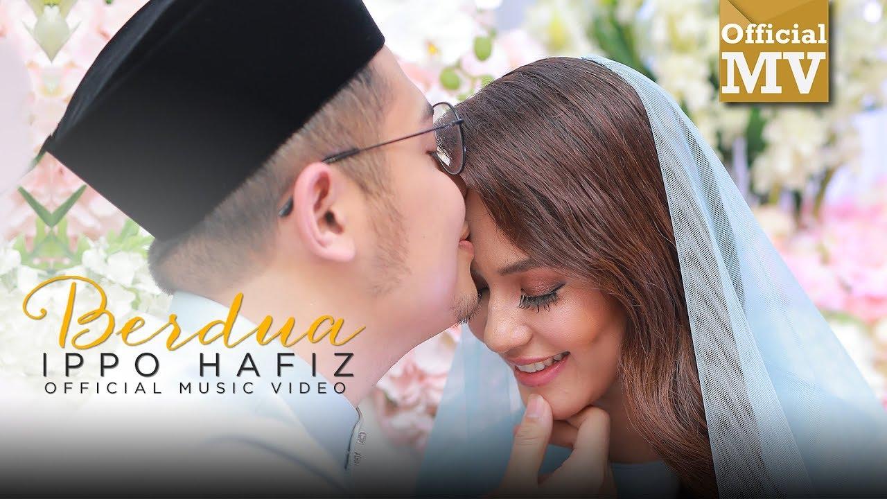 Download (OST 'Seadanya Aku') Ippo Hafiz - Berdua (Official Music Video)