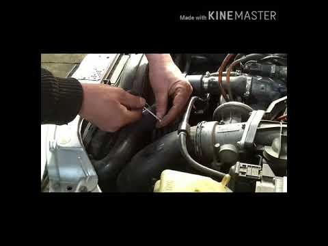 Замена термостата на Мерседес w210 cdi.