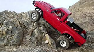 Rc4wd Trailfinder 2 Testing the Limits on the rocks