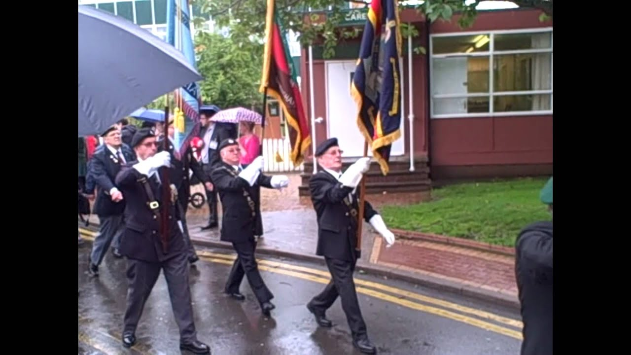Veterans Day 2012 Swanshurst School - YouTube