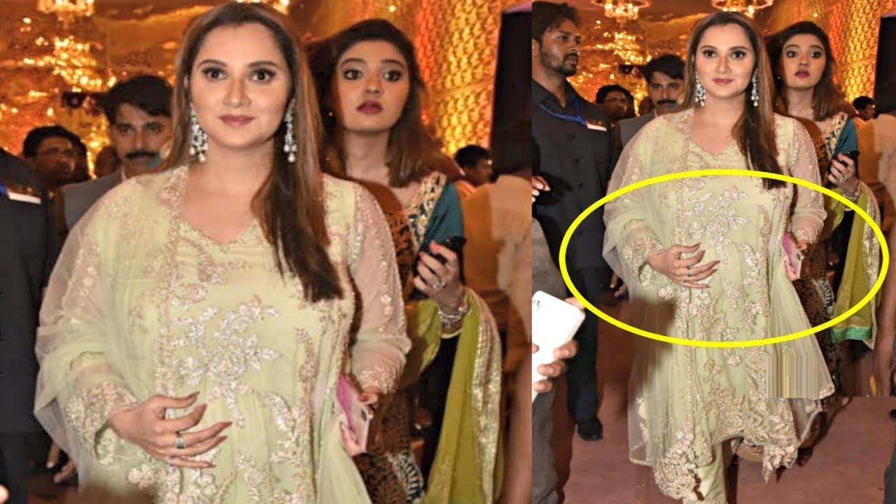 Sania Mirza With Baby Bump Attend Shriya Bhupal And Anindith Reddy Wedding