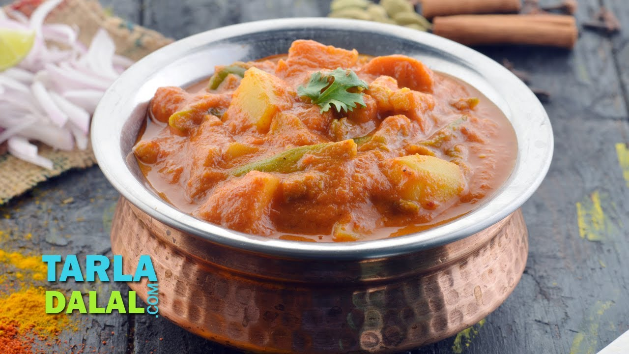 Mixed vegetable sabzi restaurant style by tarla dalal youtube forumfinder Choice Image
