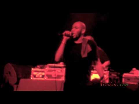 Mos Def - Miss Fat Booty (Live) feat. Erykah Badu @ Hollywood Palladium