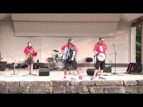 Tic Toc Polka/ We're Not Gonna Take It : The Chardon Polka Band (at Boardman Park)