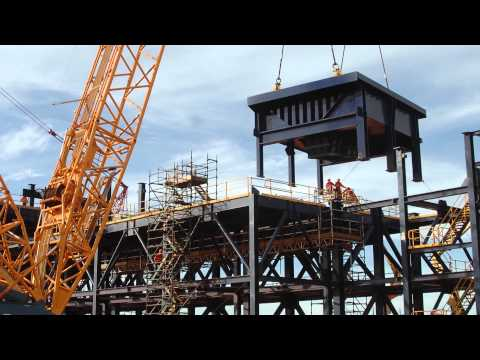 Time Lapse Video of Port Construction & Unloading of Ship Loader - May 2015