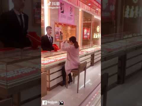 None - Jewelry-Stealing Prank Going Viral