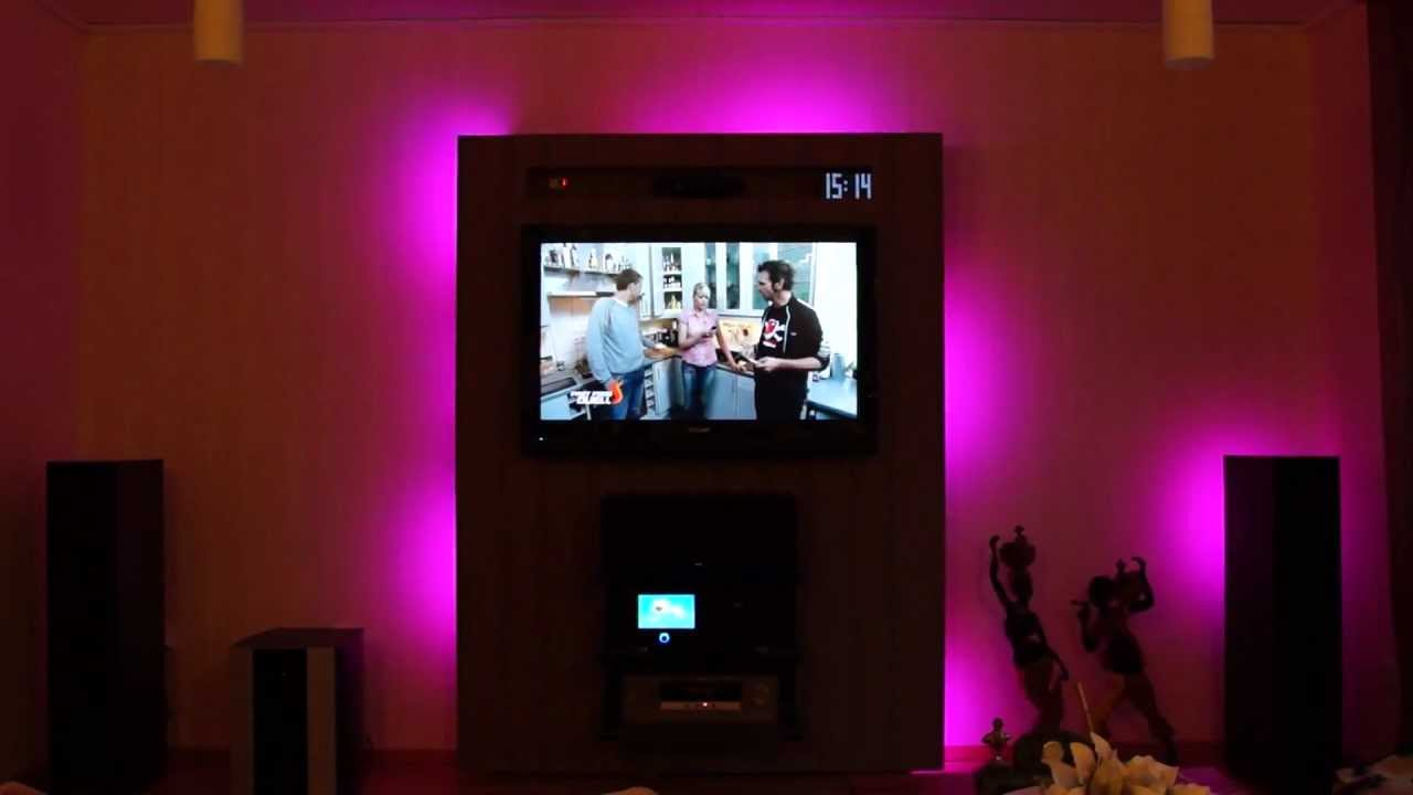 tv wand mit led s und seitenregalen youtube. Black Bedroom Furniture Sets. Home Design Ideas