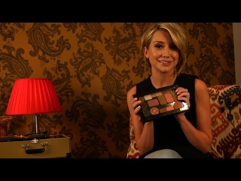 Chelsea Kane: Makeup Bag