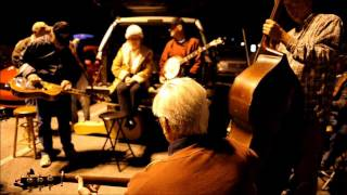 Bluegrass Happy New Year 2012: The OCOEE PARKING LOT JAM (2)