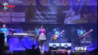 Niken Maheswara   AKU MAH APA   Om Sera Terbaru 2015 Live Mojogedang HD