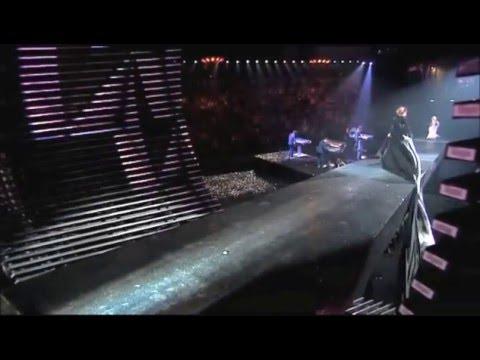 Karolina Kurkova's DRESS DISASTER (Etam 2011 Lingerie show)