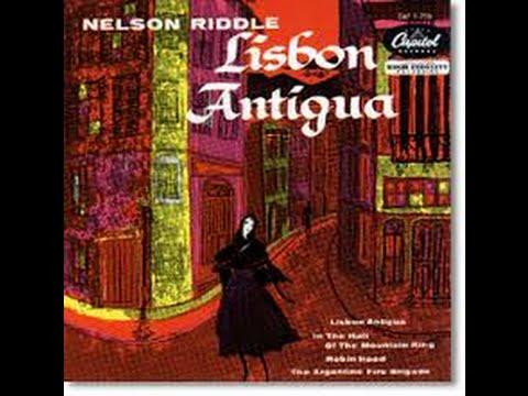 Lisbon Antiqua with Scenes of Portugal-- Liz Wisler Fr8x Midi Accordion