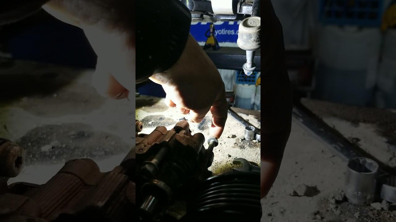 Power steering pump on 2011 GMC Terrain - YouTube