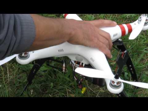 Offshore Club de Paris 2013 : Daumesnil - Le drone DJI 4 axes Phantom d'Eric en démonstration