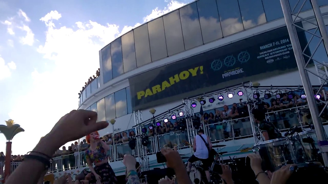 Paramore - Emergency - PARAHOY 7/3/14 - YouTube Paramore Setlist