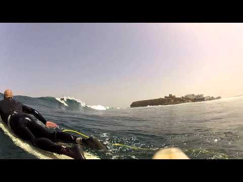 Some of the best surf clip from the winter 2012 at NGor Island in Dakar - Senegal - West Africa. Most of the video is recorded with a gopro 2 from NGor left and right. Made by http://www.gosurf.dk
