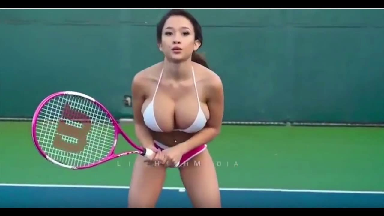 Tennis Player Huge Tits 33
