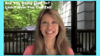 How to Tell if Someone is Lying To You - Learn How to Read Body Lanugage