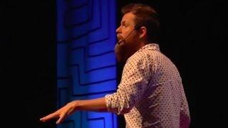 Criatividade é o que nos faz humanos | Marcos Piangers | TEDxUDESCJoinville