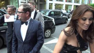 Melanie Sykes upstages Alan Carr at LGBT Awards