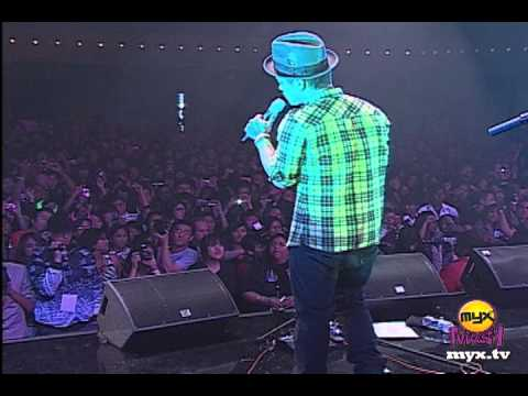 Bruno Mars - Somewhere in Brooklyn (Live at Myx Mash Official)