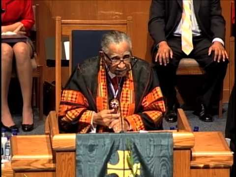 Civil rights leader Lowery shares his own sit-in story