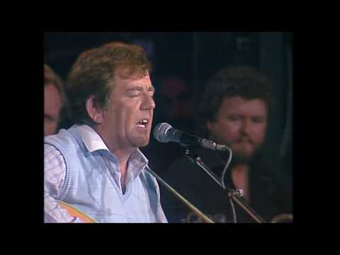 My Lovely Rose of Clare - The Dubliners & Paddy Reilly (Festival Folk - 1985)