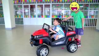 Xavi Assembling Power Wheels Car ride on Toys for Kids