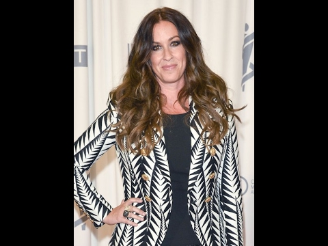 Alanis Morissette Loses 2 Million In Jewelry After