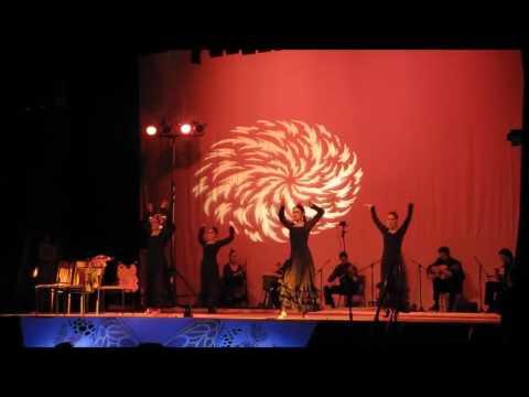 """Escuela """"Viviana Medina"""" - Luz En Los Balcones - Percusiones: Marcelo Montero Araya"""