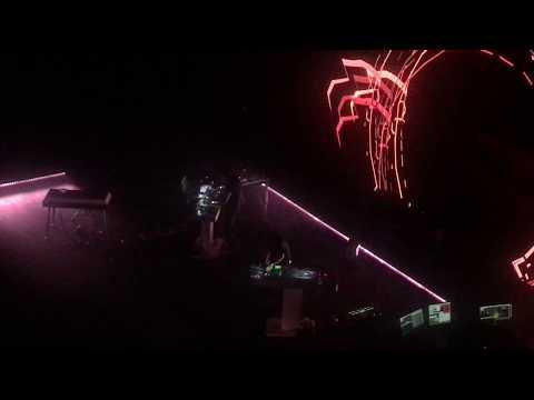 Thom YORKE- Nose Grows Some, Live @ Days Off, La Philarmonie