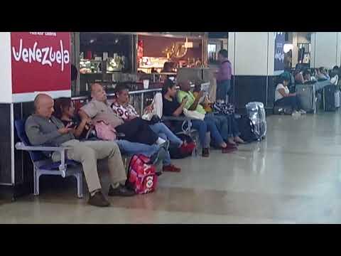 Aeropuerto de Caracas en crisis???    FALSO!!
