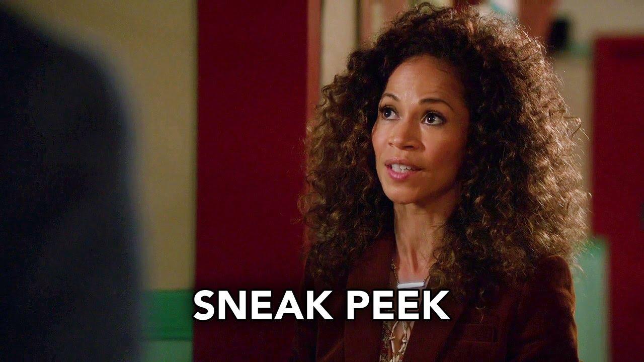 Castle season 5 episode 1 sneak peek 4 - Author of wild movie