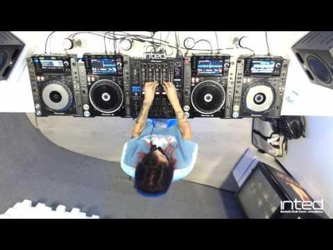Marien Baker live set at INTED Dj School