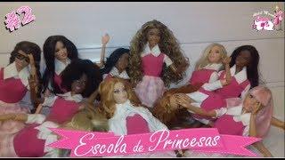 #2 - NOVELA DA BARBIE - 12 PRINCESAS E 1 SEGREDO -  Por Que as Garotas Estão no Chão?