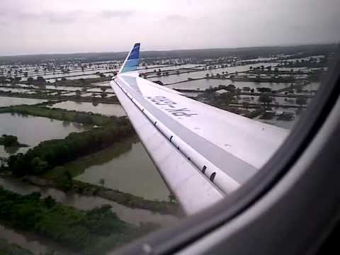 Garuda Indonesia Bombardier CRJ-1000 NextGen Landing @Juanda International Airport