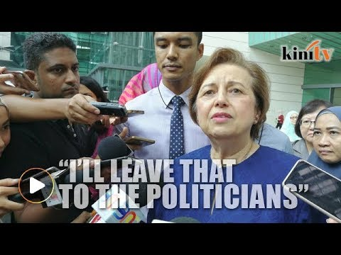 Zeti sharp as ever, tells reporter she will not answer political questions