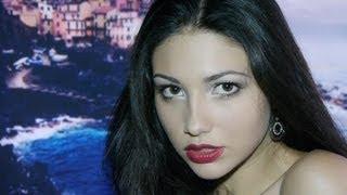Вечерний макияж. Красные губы(Многие девушки мечтают о красивом романтическом свидании. В этом видео мы покажем макияж, который поможет..., 2012-07-28T10:57:20.000Z)