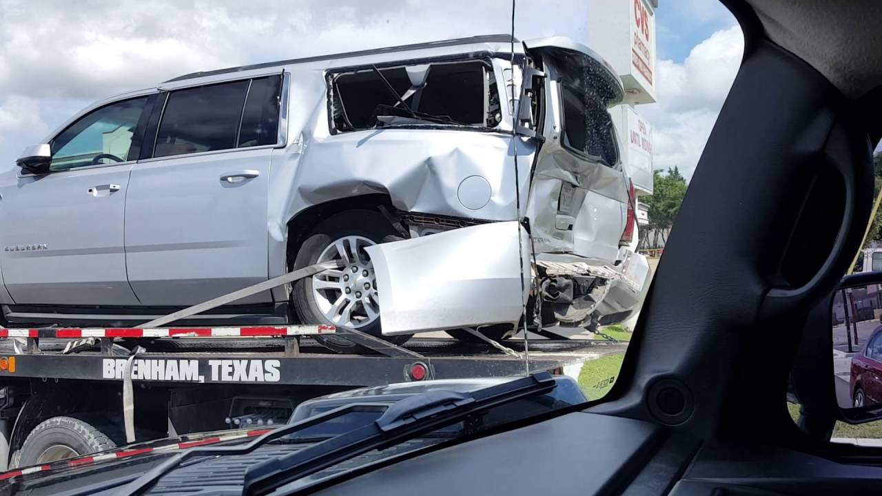 2016 Chevy Suburban Heavy Rear End Crash Youtube