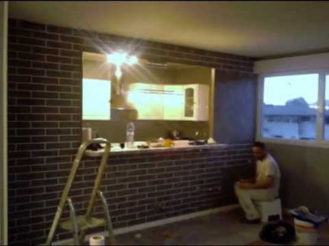 Cr ation d 39 un faux mur en brique effet stucco youtube - Faux mur en brique ...