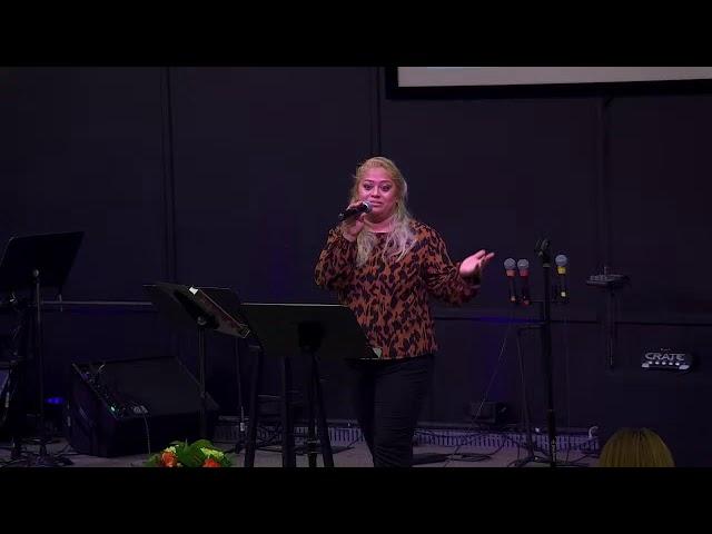 La Media Y Su Adoctrinamiento A La Familia | Gabriela Castillo